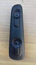 Кнопка стеклоподъемника Opel Omega B 4670402