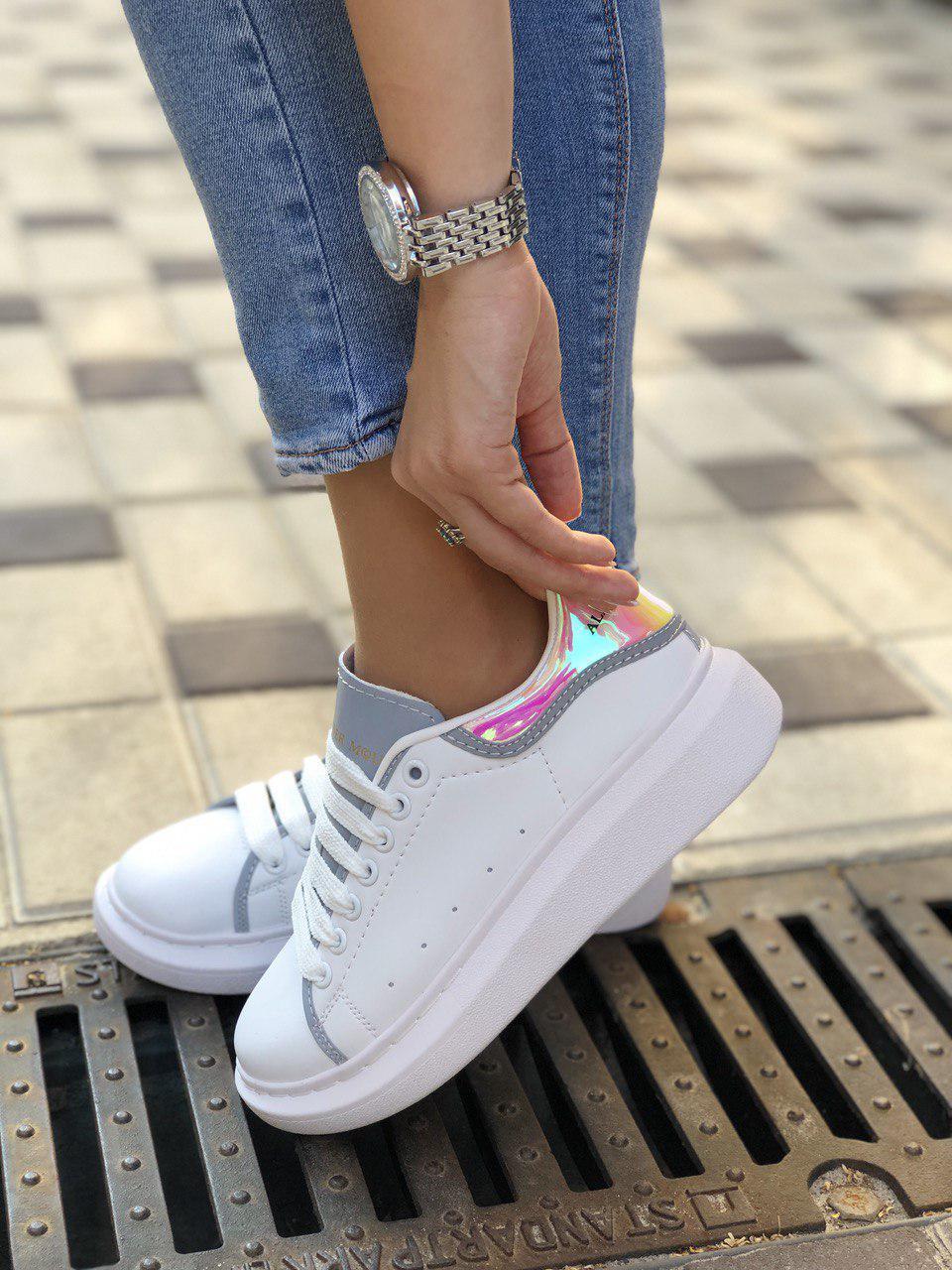 Женские кроссовки Alexander McQueen из натуральной кожи (рефлективные)
