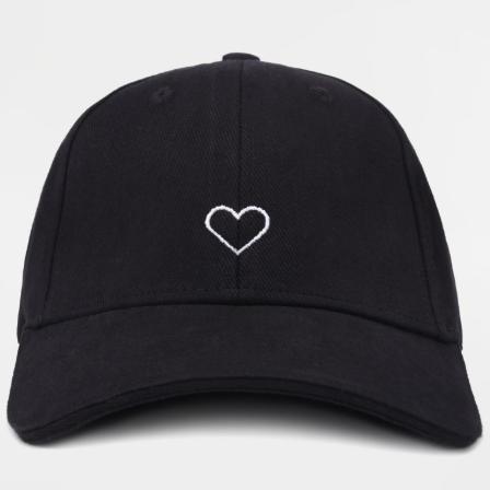 Кепка GARD чёрная BASEBALL CAP 1/19 Сердце