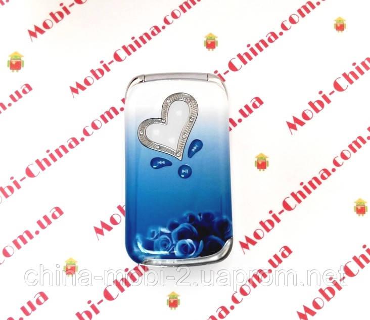 Копия  Nokia W666 dual - стильный телефон