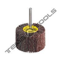 Круг шлифовальный лепестковый КЛО 80x30 P80 Klingspor с оправкой