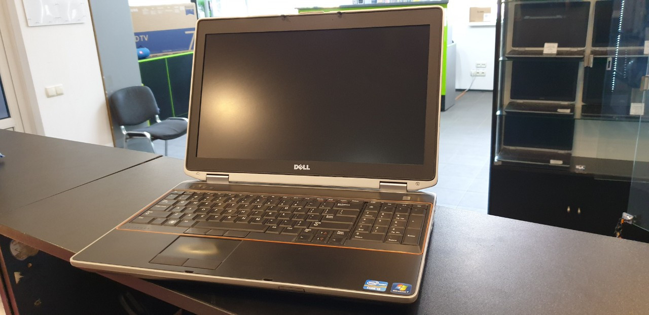 Ноутбук Dell Latitude E6520 | 15.6' HD (1600*900) | i5-2540M (2.6GHz) | RAM 4Gb | HDD 320Gb | HD Graphics 3000