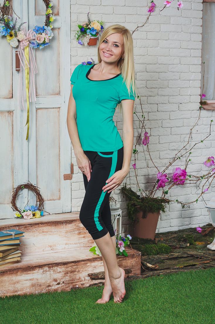 Костюм женский футболка с бриджами мята
