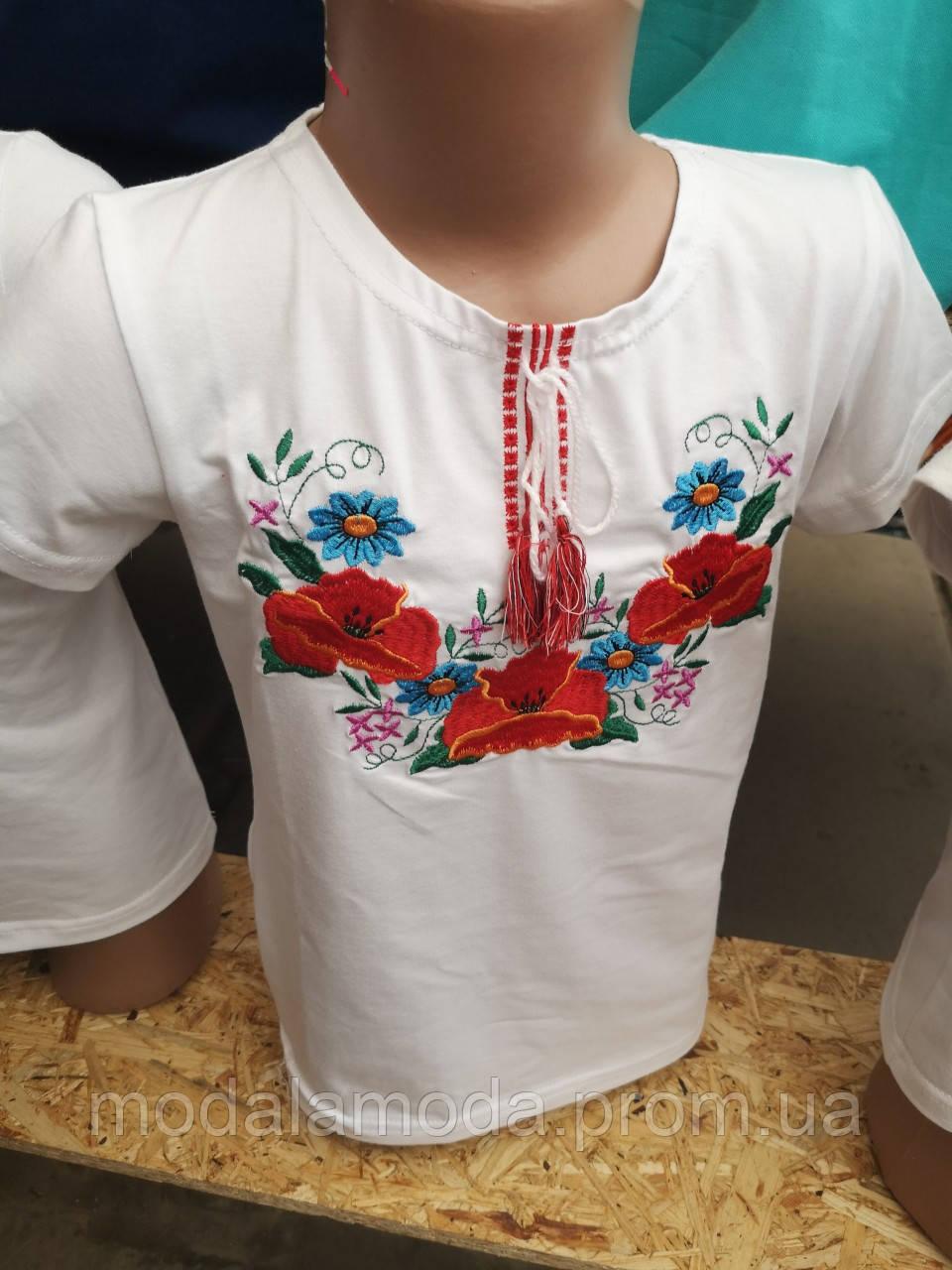 Вышиванка нарядная для девочки белая с нежным орнаментом полевых цветов