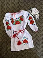 Платье вышитое для девочки с красивыми мальвами