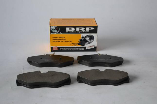Тормозные колодки(передние) дисковые(к-т)без датчика  BRP1695Renault Trafic2001>, фото 2