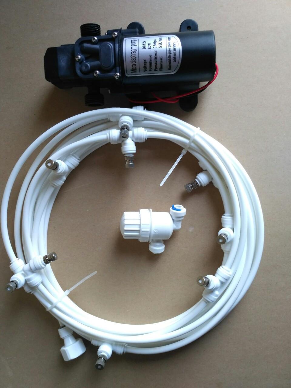 Комплект для туманообразования 10м. 10 форсунок 0.5мм. с насосом. Белый.