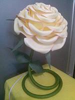Светильник цветок из изолона, ростовые цветы для фотозоны, цветы из изолона