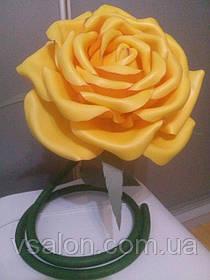 Роза из изолона светильник