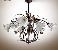 Люстра для большой комнаты на 8 лампочек