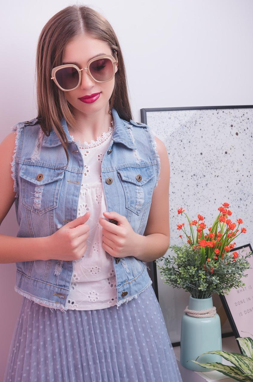 Женская джинсовая жилетка с карманами на пуговицах 1524 tezbl1437