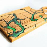 Дощечка дерев'яна  для подачі страв, кухонна дощечка з епоксидною смолою, фото 1
