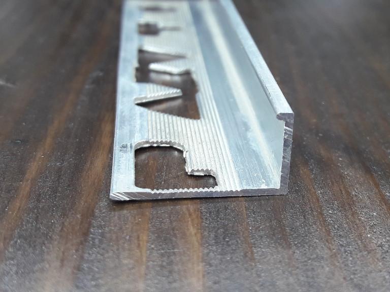 Профиль для плитки L образный (Жесткий) 17х11мм. Длина 2,71м