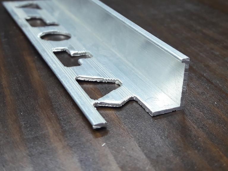 Профиль для плитки L образный (Жесткий) 20х14мм. Длина 2,71м