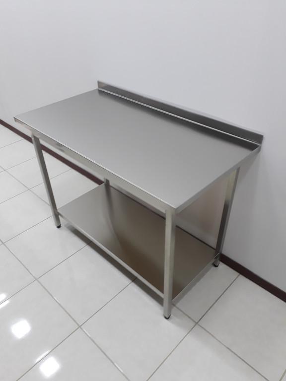 Столы производственные разделочные, рабочие поверхности 44