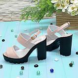 Женские кожаные босоножки на высокой устойчивом каблуке. Цвет пудра, фото 2