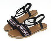 Босоножки, сандалии на плоской подошве женские, черные   с орнаментом