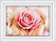 """Набор для выкладки алмазами """"Роза в руках"""""""