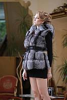 жилет из чернобурки с капюшоном Silver fox fur vest