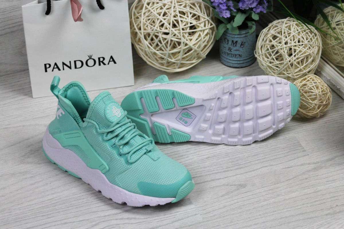 22b944a0 Кроссовки женские мятные Nike Huarache 4734, цена 1 102 грн., купить ...
