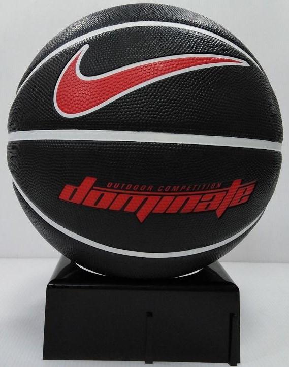 Мяч баскетбольный  для улицы-зала Nike Dominate размер 7, резина, цвет - черный-белый-красный (N.000.1165.095)