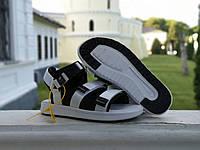 Сандалі босоніжки New Balance Caravan Multi Білі