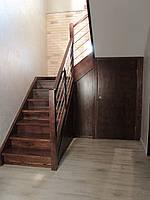 Деревяная лестница из ясеня с нержавейкой