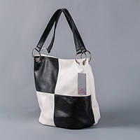 Черно-белая сумка на лето