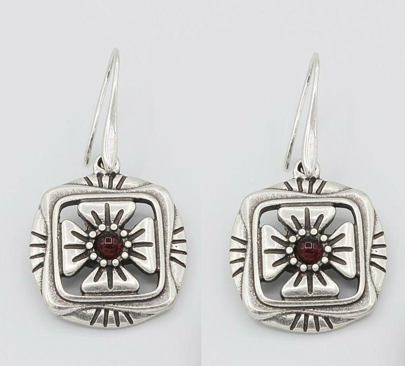Серьги под серебро с  вставками рубинового цвета Пастораль ТМ Скифская Этника