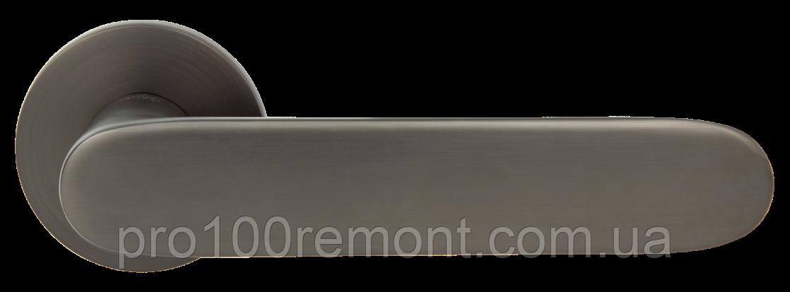 Ручка дверная на розетке Z-1800 MA