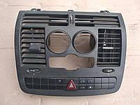 Центральная консоль Мерседес Вито  W639 , фото 1