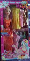 Кукла с платьями 102-7