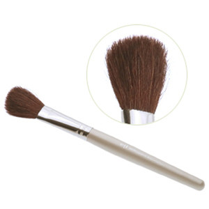 Кисть для бронзера e.l.f. professional Bronzing and Blending Brush