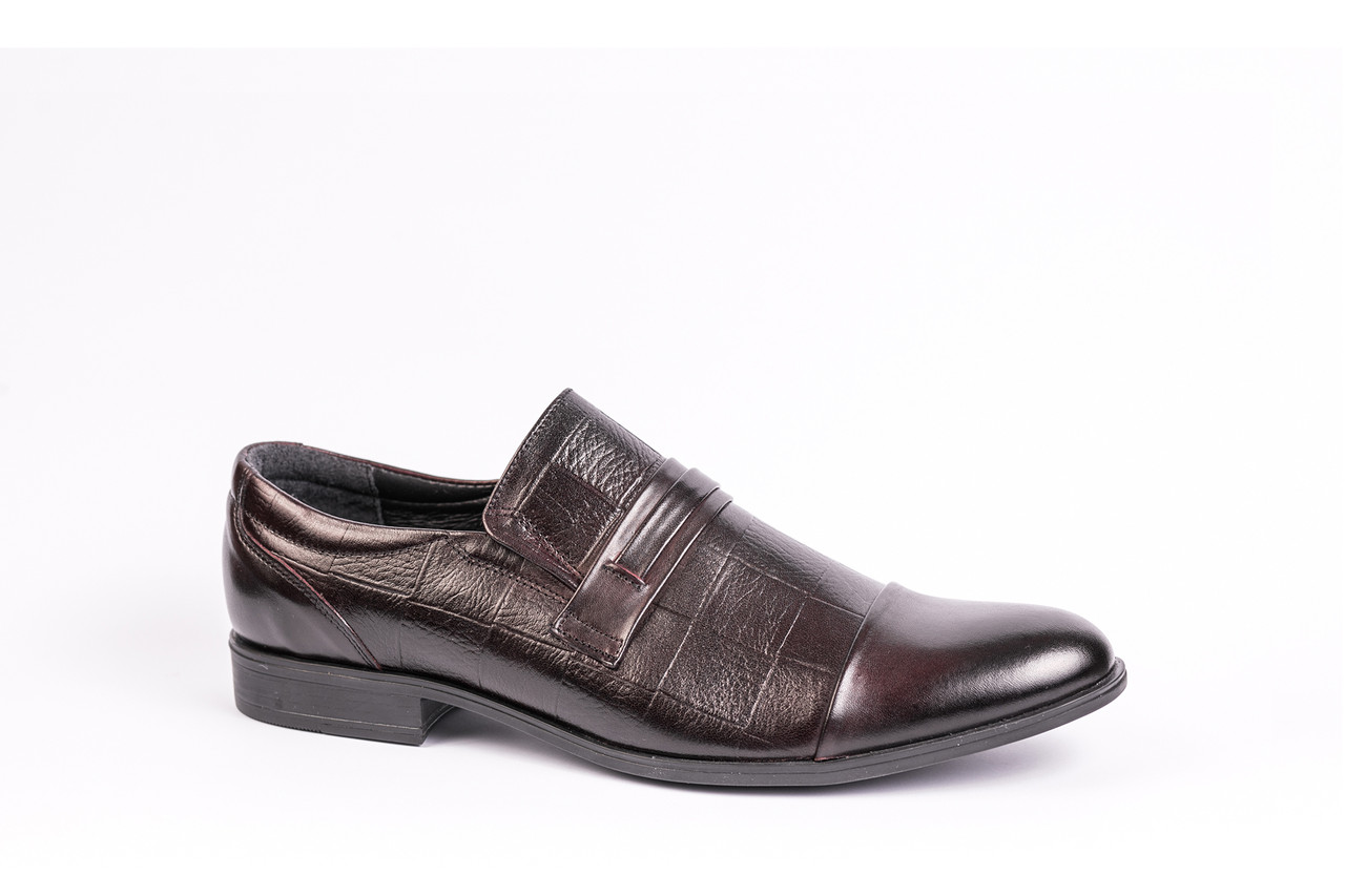 Чоловіче взуття Tapi, швидка доставка гарантована!