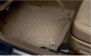 Коврики в салон резиновые бежевые оригинал Toyota Camry AVV50 2011-2016