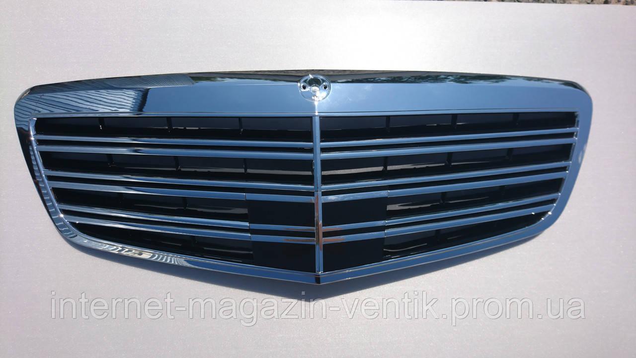 Решетка радиатора Mercedes W221