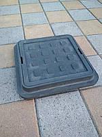 Люк канализационный полимерпесчаный садовый малый черный  300*300 (до 1т), фото 1