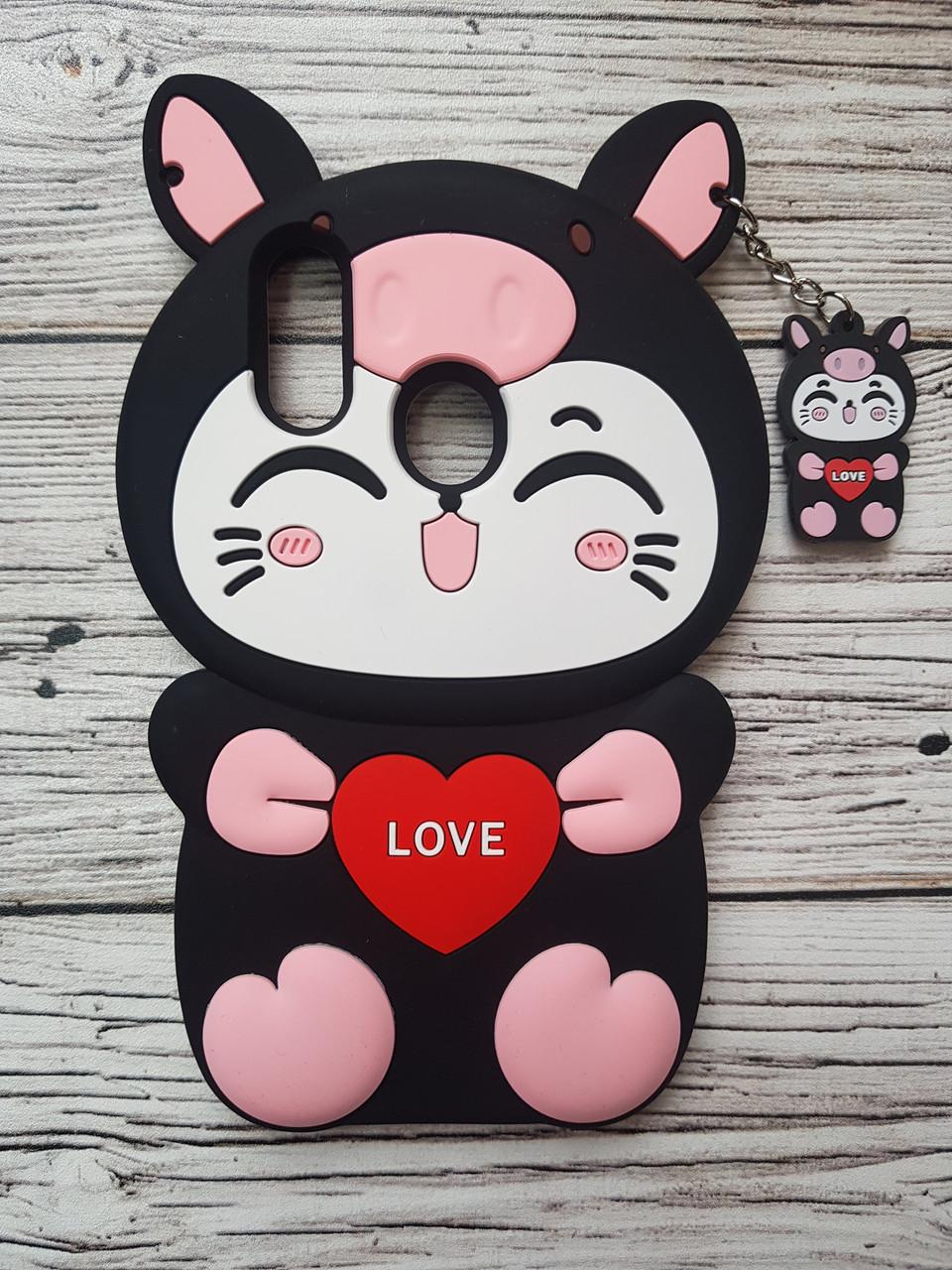 Об'ємний 3D силіконовий чохол для Huawei P Smart Plus Hello Kitty Чорна свинка