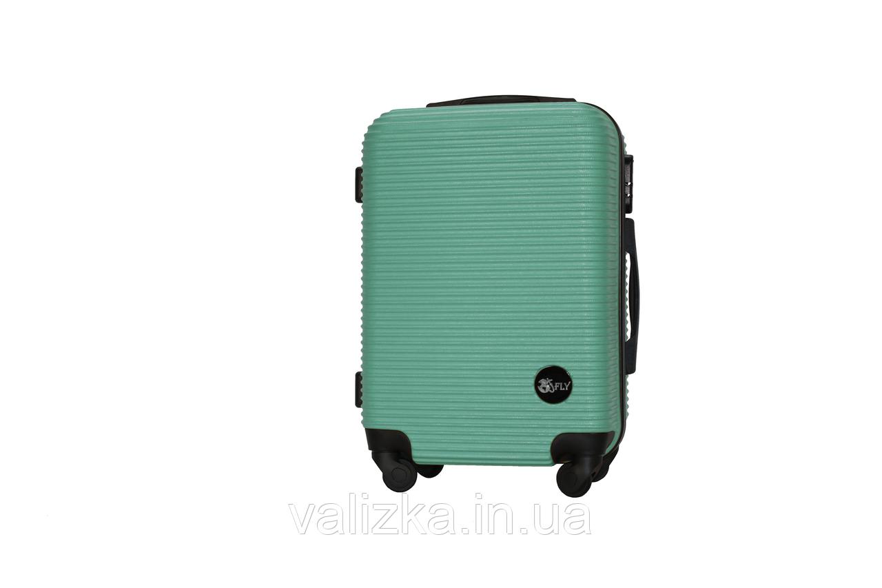 Пластиковый чемодан ручная кладь на 4-х колесах зеленый, размер S+ Fly