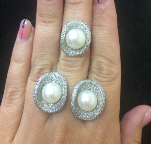 Срібний комплект Перли в Човниках