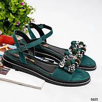 36, 37 размер Красивые женские зеленые босоножкис бусинками на низком ходу натур.замша