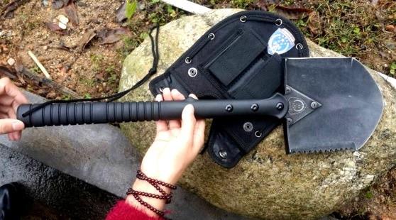 Лопата туристична SOG SK-223