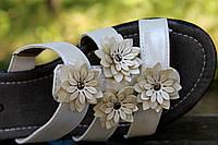 Летние женские шлепанцы с цветами