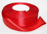 Лента атласная. Цвет - красный. Ширина - 2,5см, длина - 23м