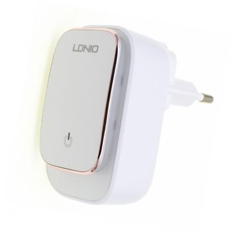 Сетевое зарядное устройство LDNIO A3305 (TouchLight) 3USB/3.4A + Micro