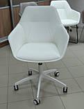 Кресло офисное на колесах LAREDO (Ларедо) кожзам белый Nicolas, фото 3