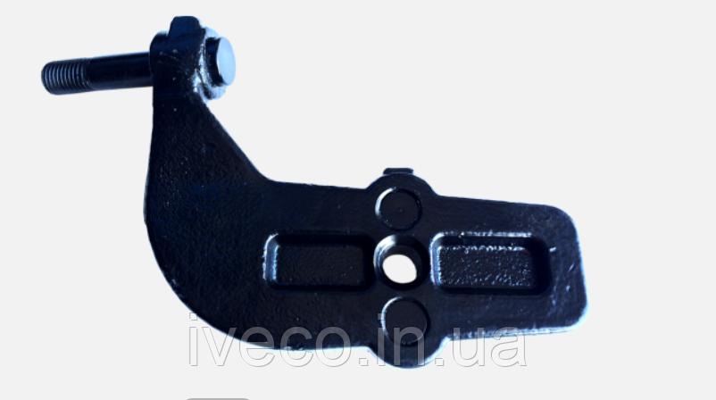 Кронштейн амортизатора левый DAF XF95 1305787