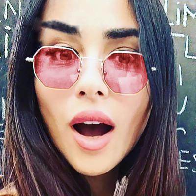 Яркие многоугольные солнцезащитные очки 22744tezOh
