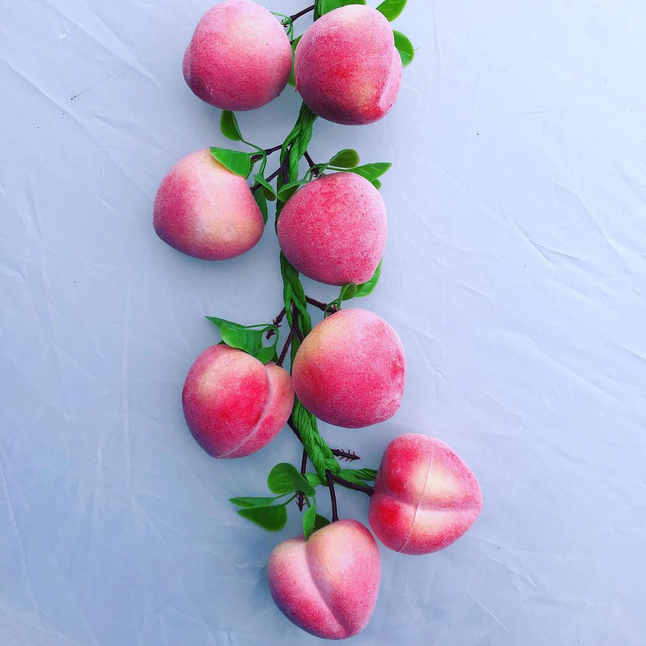 Муляж персиков.Вязка персиков.