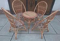 Кресла с мягким сиденьем  с круглым столом, фото 1